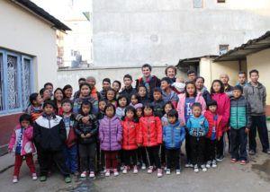 Colaboración-orfanatos-diferentes-partes-del-mundo